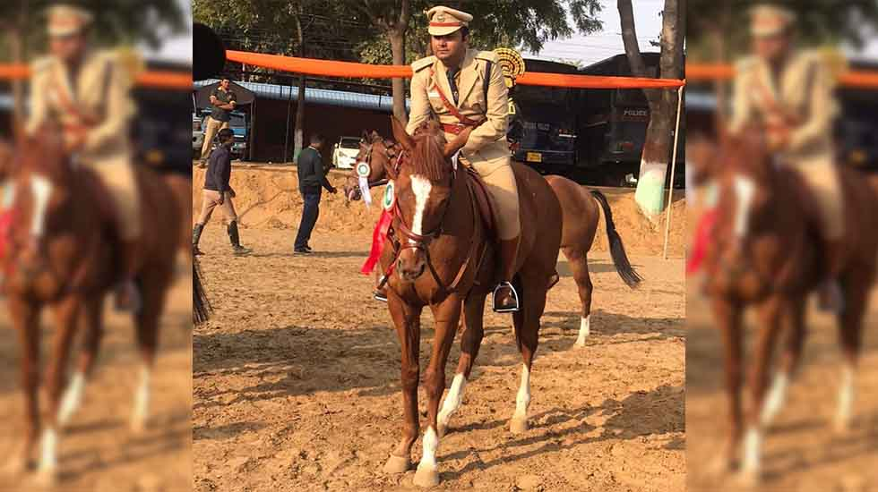 GALLOPING COP WHO DOES NOT RIDE THE HIGH HORSE! <br>By Sanjay Pinto