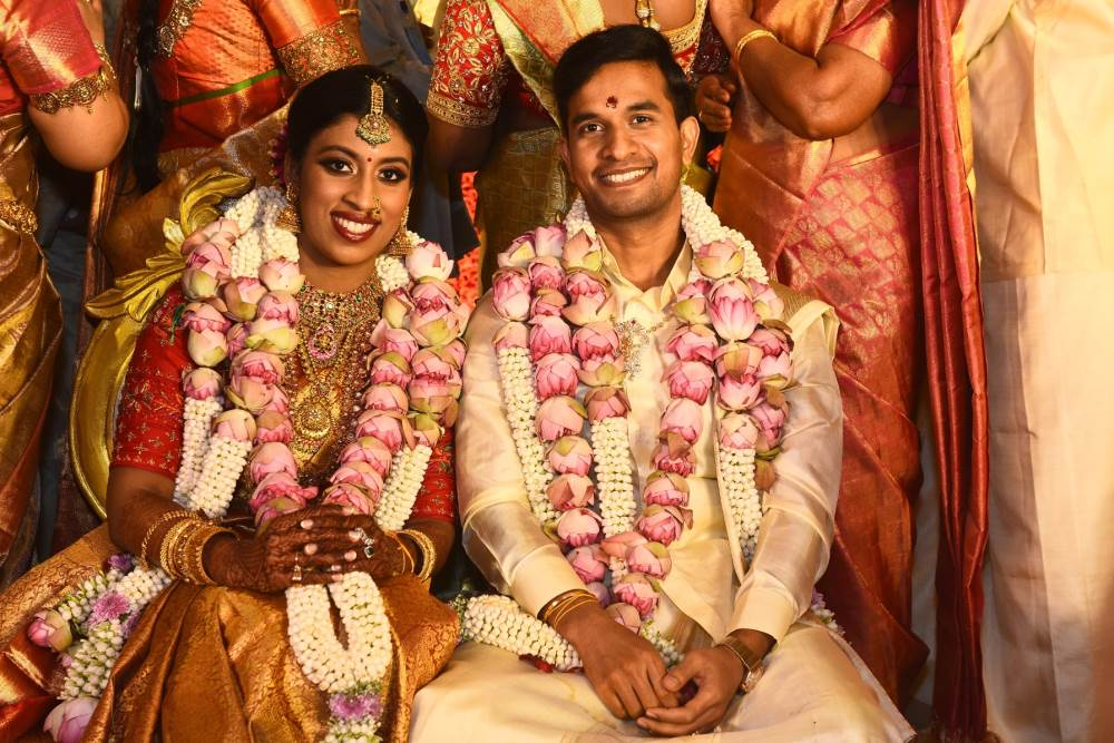 Squash Player Anaka Alakamony Ties The Knot With Fiancé Varun